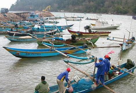 Pengelolaan Wilayah Pesisir, Mensejahterakan Nelayan